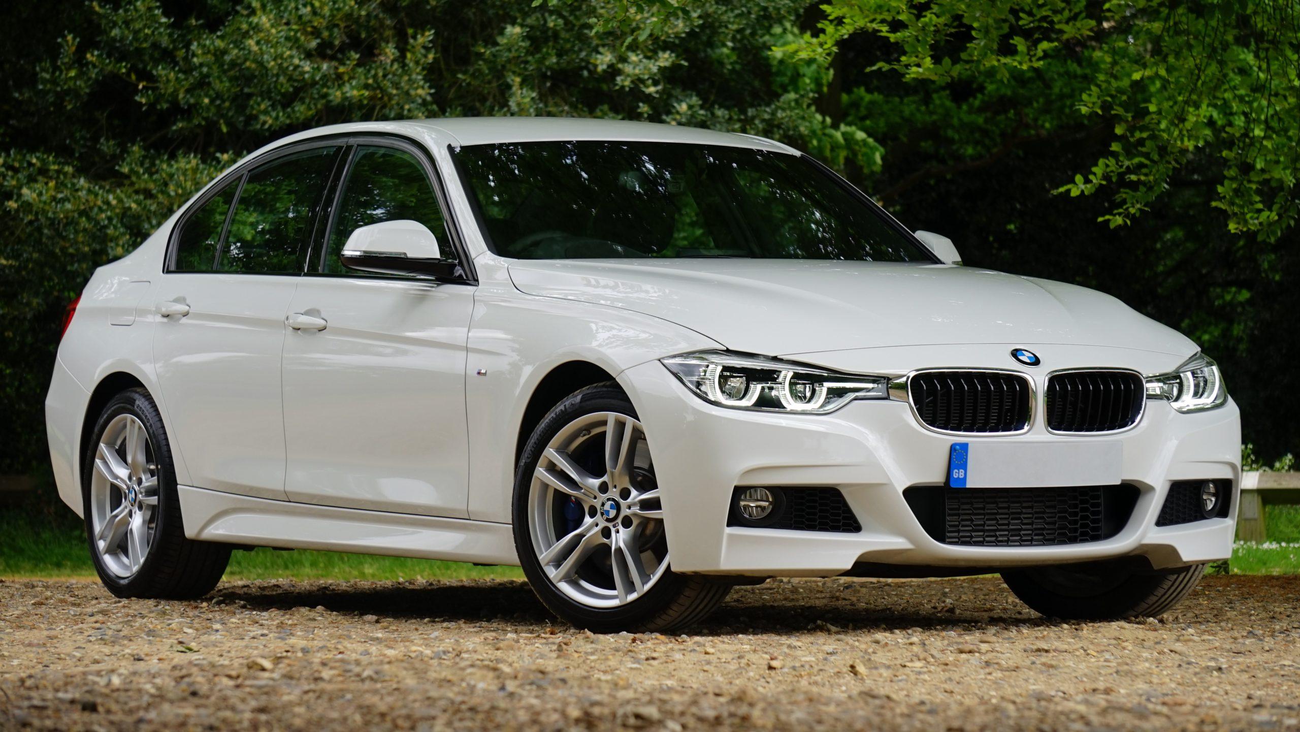 Do BMW require premium gas?