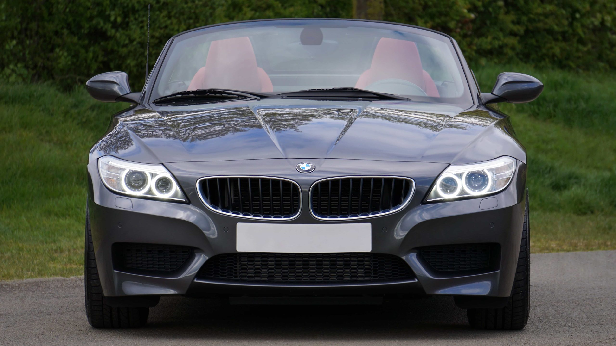 How much does it cost to replace a BMW windshield?